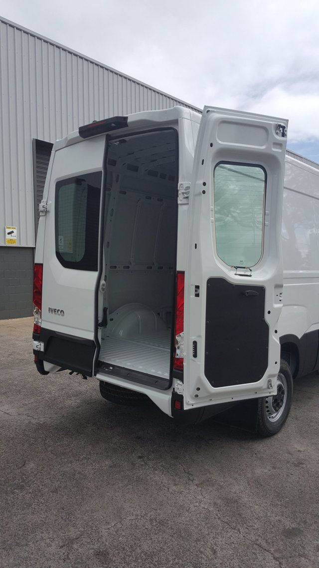 2018 Iveco DAILY 35S17 16m3 Long wheel base - 18563302 - 12