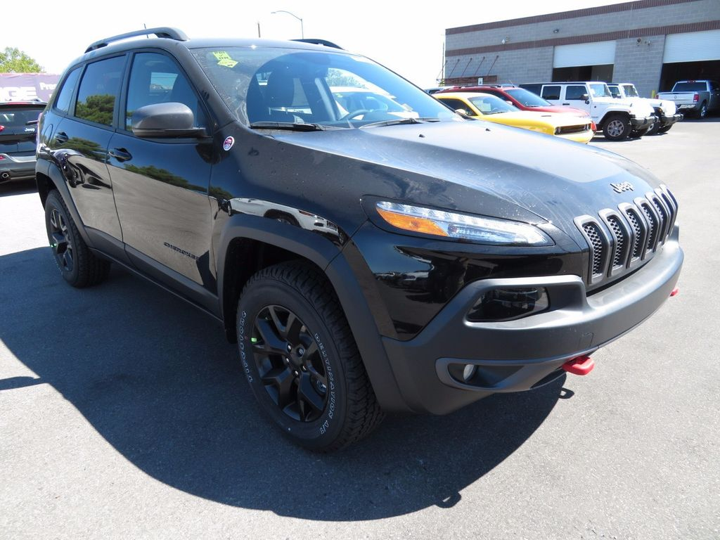 2018 new jeep cherokee trailhawk 4x4 at towbin dodge 2 serving henderson nv iid 16816460. Black Bedroom Furniture Sets. Home Design Ideas