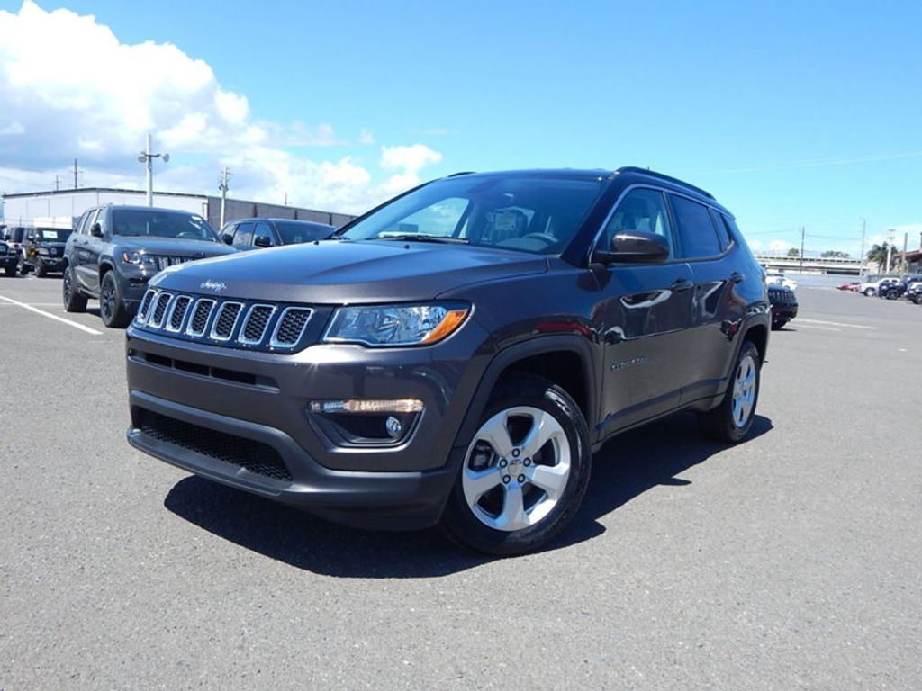 2018 Jeep Compass Latitude - 17868080 - 0