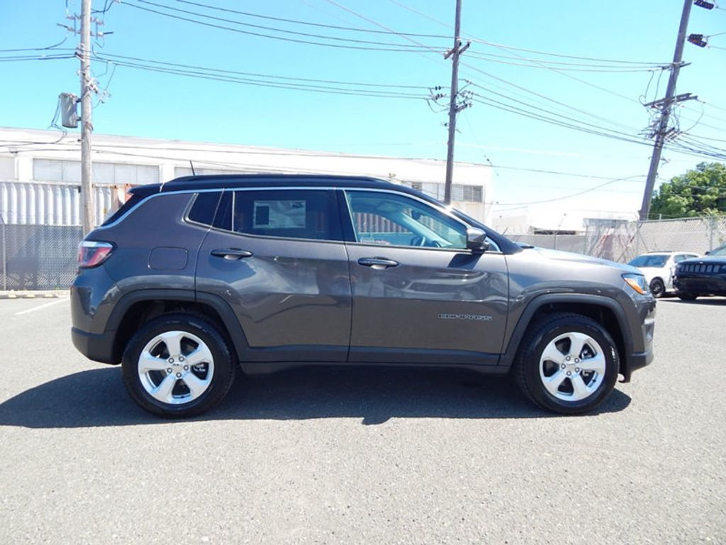 2018 Jeep Compass Latitude - 17868080 - 3