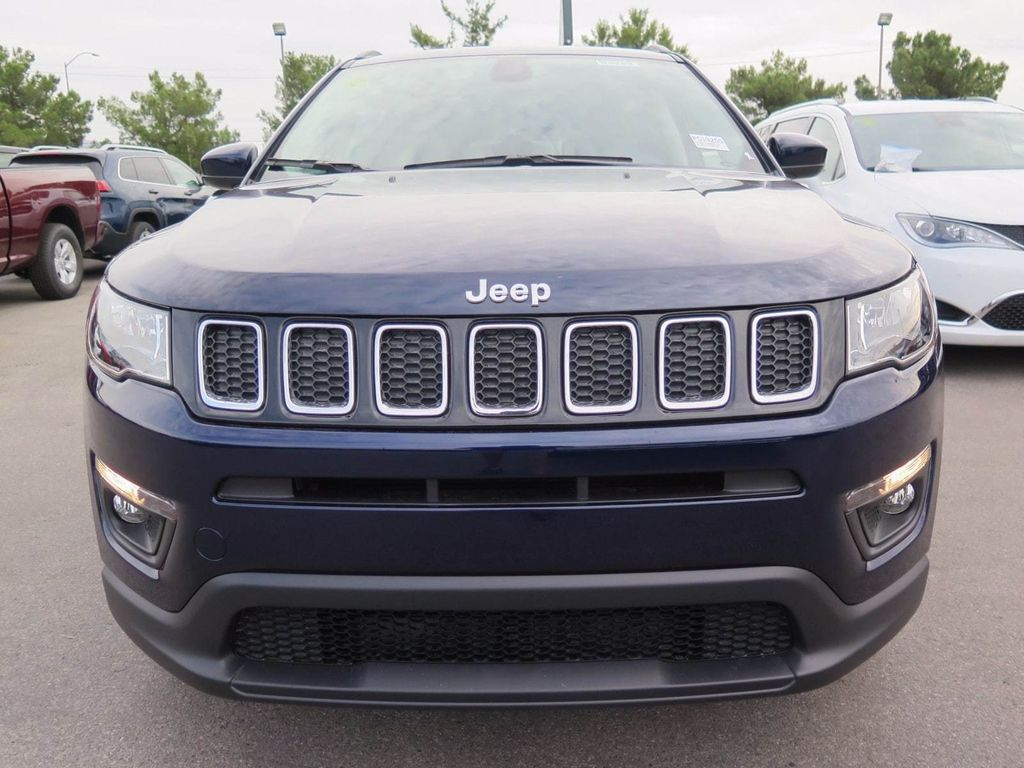 2018 Jeep Compass Latitude FWD - 16833921 - 1