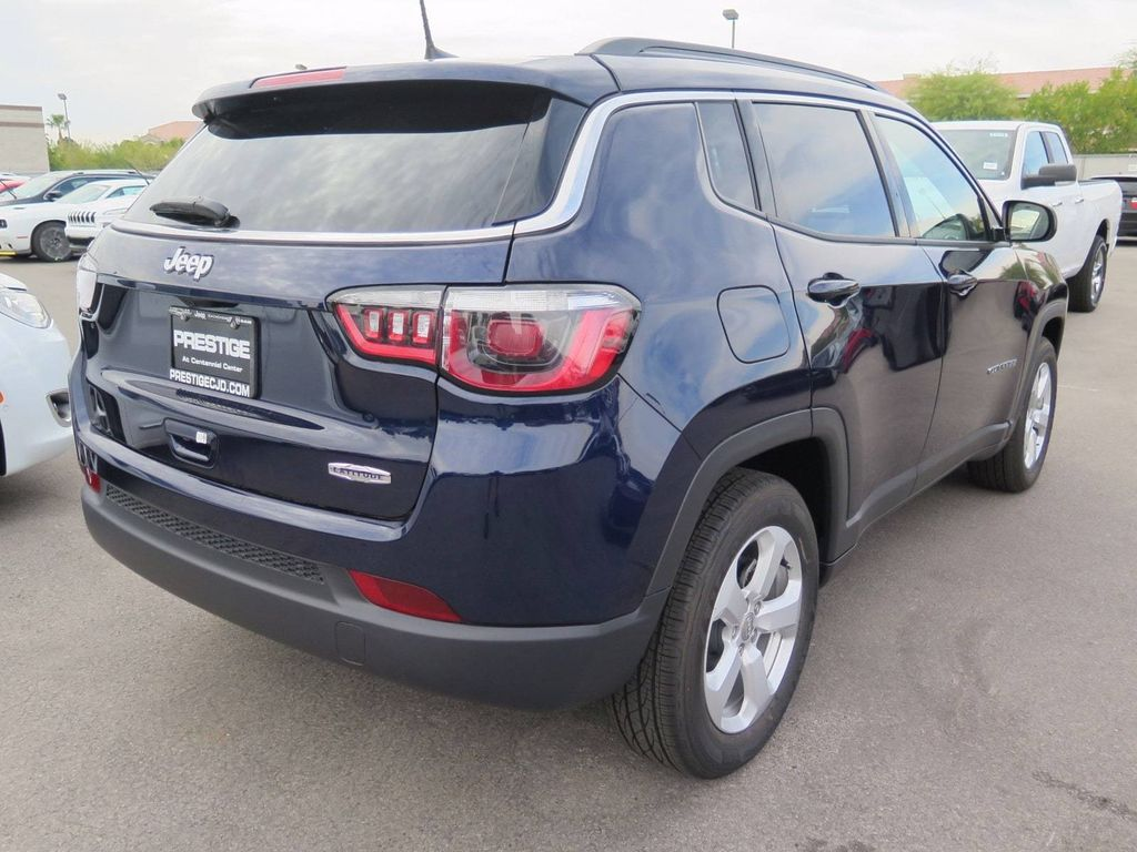 2018 Jeep Compass Latitude FWD - 16833921 - 3
