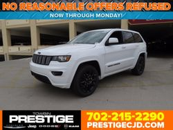 2018 Jeep Grand Cherokee - 1C4RJFAG8JC122074