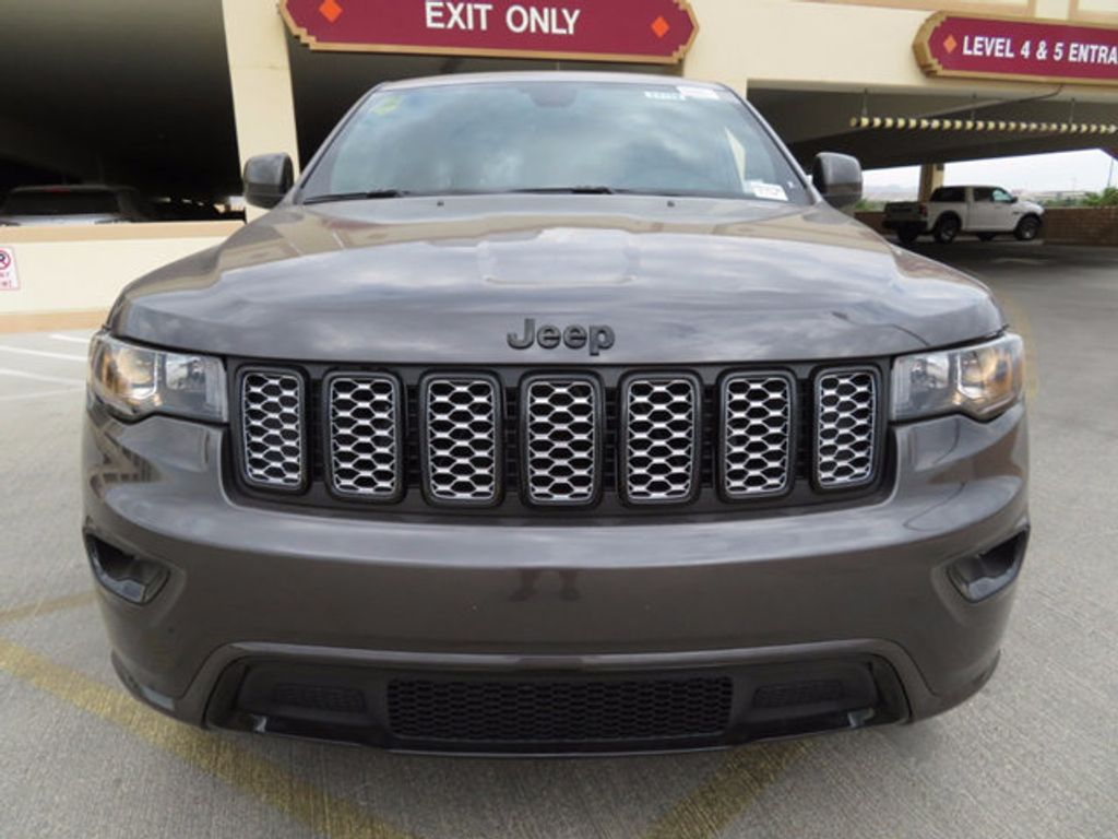 2018 Jeep Grand Cherokee Altitude 4x4 - 16731776 - 1