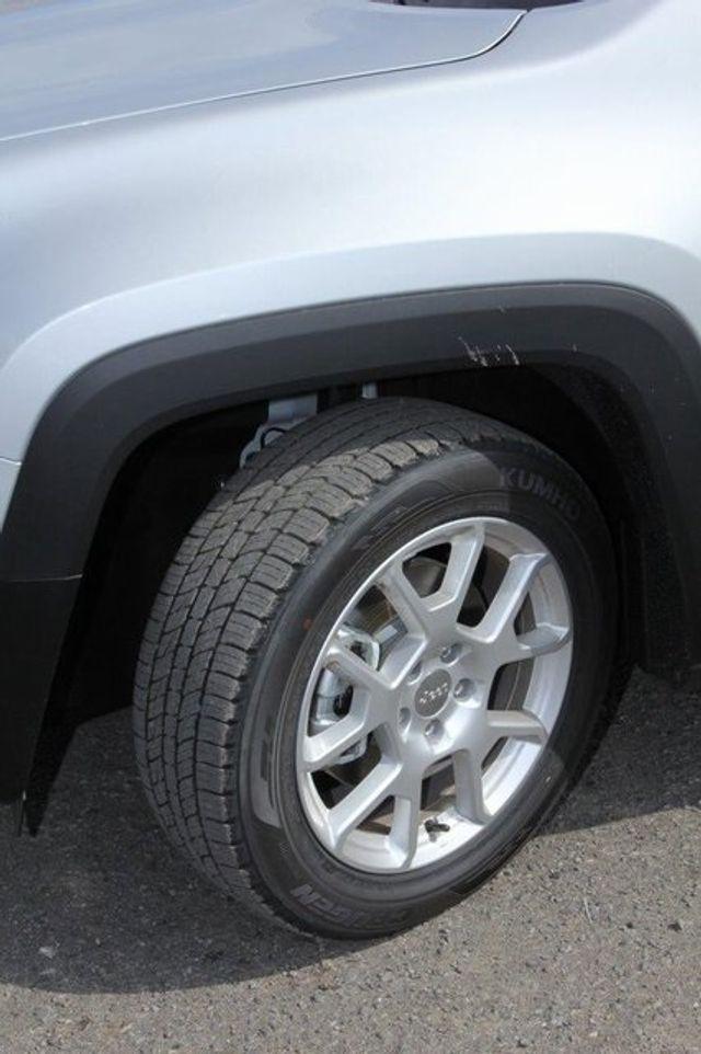 2018 Jeep Renegade Latitude - 18903816 - 29
