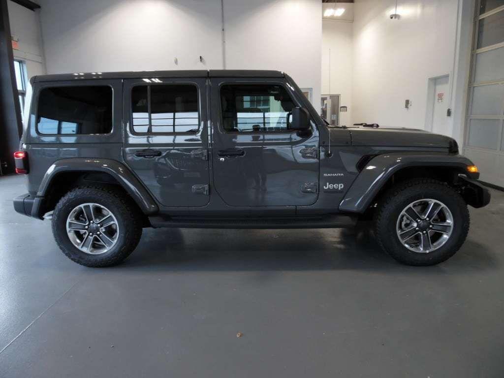 2018 Jeep Wrangler Unlimited Sahara 4x4 - 18033958 - 8