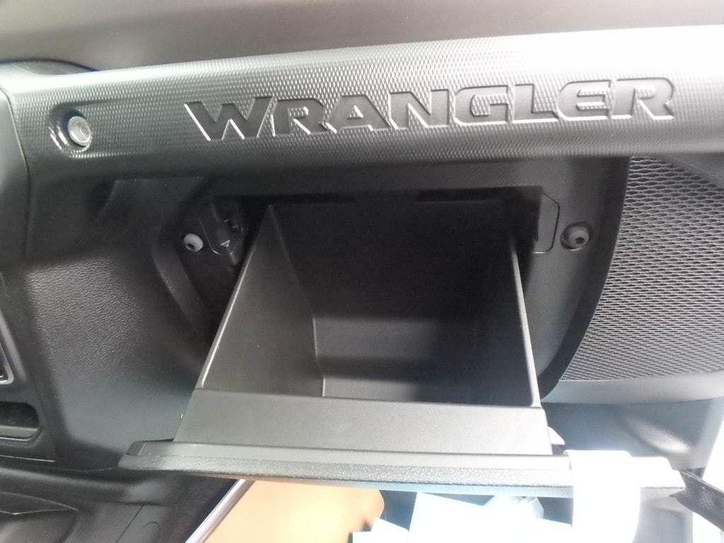 2018 Jeep Wrangler Unlimited Sport 4x4 - 18157024 - 11