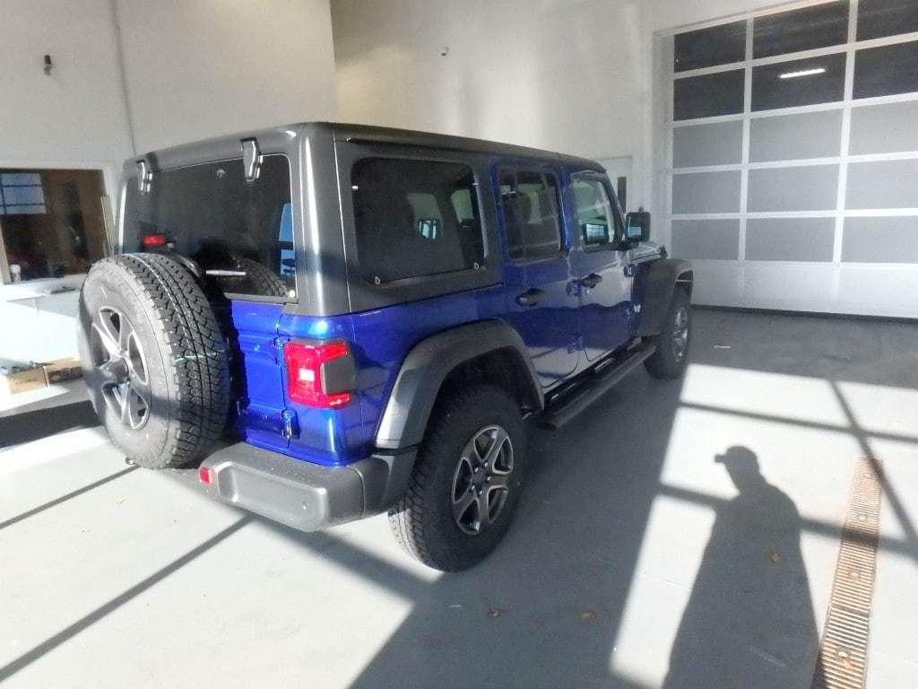 2018 Jeep Wrangler Unlimited Sport S 4x4 - 18374879 - 3