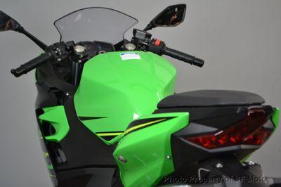 2018 Kawasaki Ninja 400 KRT Edition w/ ABS - Click to see full-size photo viewer