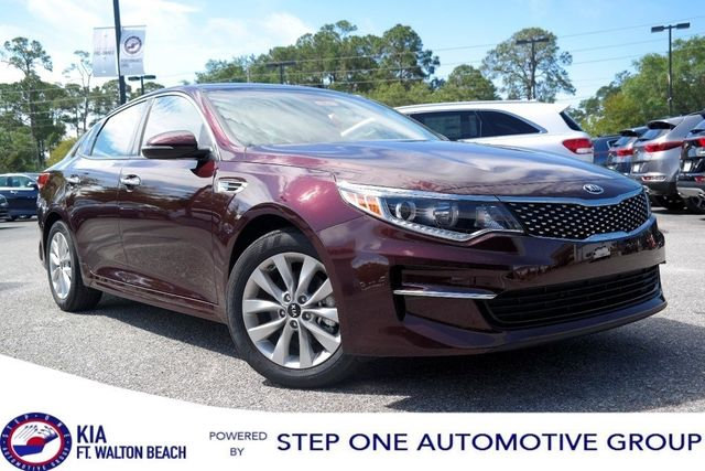 2018 Kia Optima EX Automatic Sedan   5XXGU4L30JG196327   0