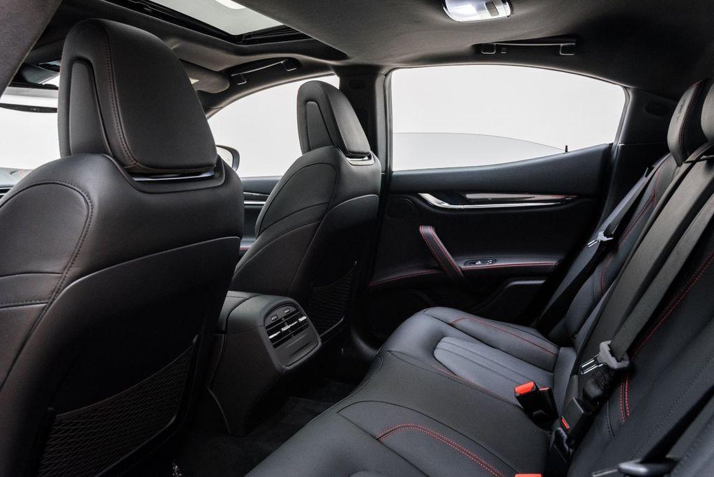 2018 Maserati Ghibli S Q4 GranSport 3.0L - 16969117 - 19