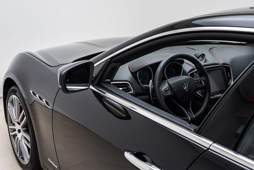 2018 Maserati Ghibli S Q4 GranSport 3.0L - 16969117 - 44