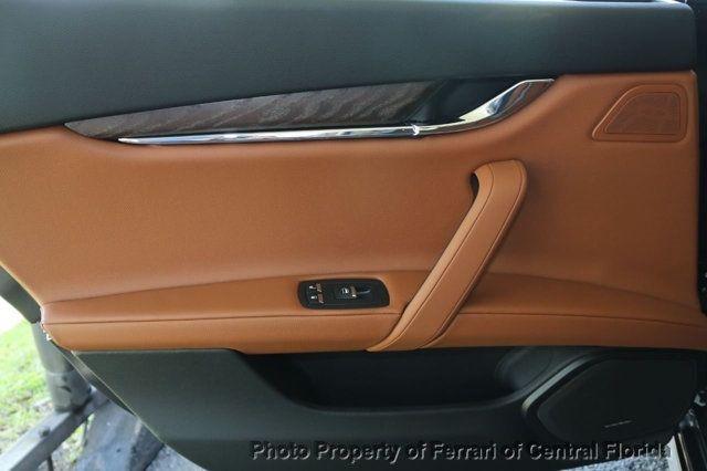 2018 Maserati Quattroporte S 3.0L - 17581384 - 23