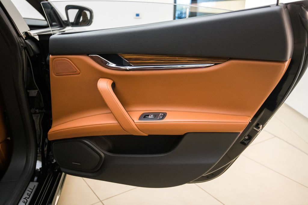 2018 Maserati Quattroporte S GranSport 3.0L - 17511461 - 25