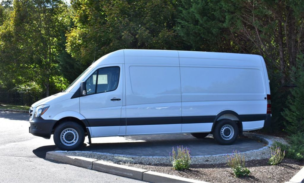 "2018 Mercedes-Benz Sprinter Cargo Van 2500 High Roof V6 170"" RWD - 18199106 - 1"