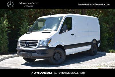 """New 2018 Mercedes-Benz Sprinter Cargo Van 2500 Standard Roof V6 144"""" Worker RWD"""