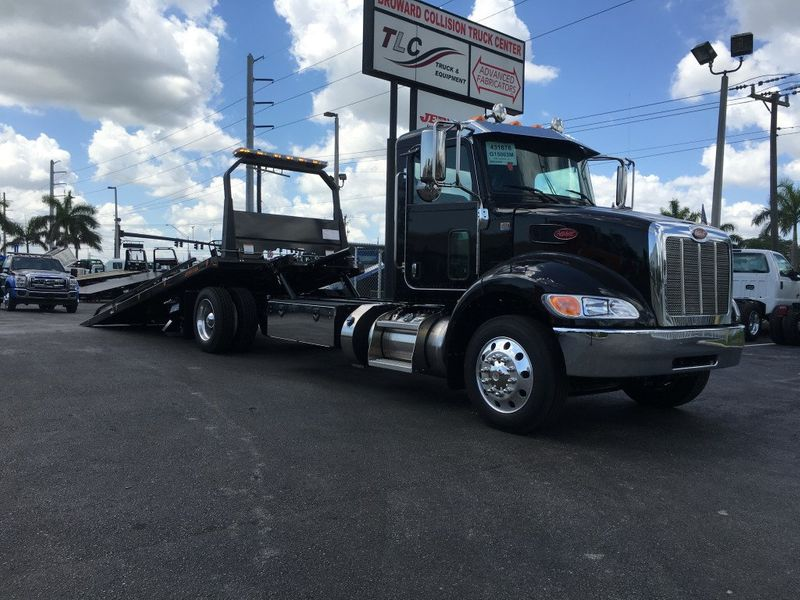 2018 Peterbilt 337 ..AIR BRAKE..AIR RIDE SUS..22SRR6T-W-LP (LCG) ROLLBACK - 15407380 - 13