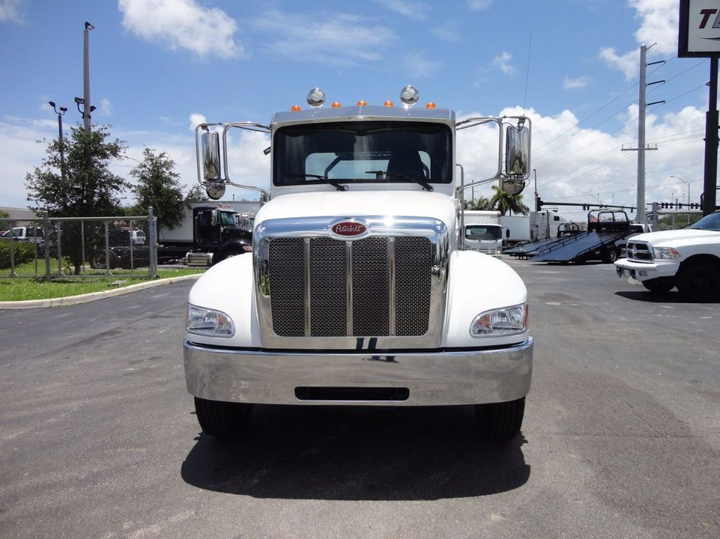 2018 Peterbilt 337 ..AIR BRAKE..AIR RIDE SUS..22SRR6T-W-LP (LCG) ROLLBACK - 16520029 - 4