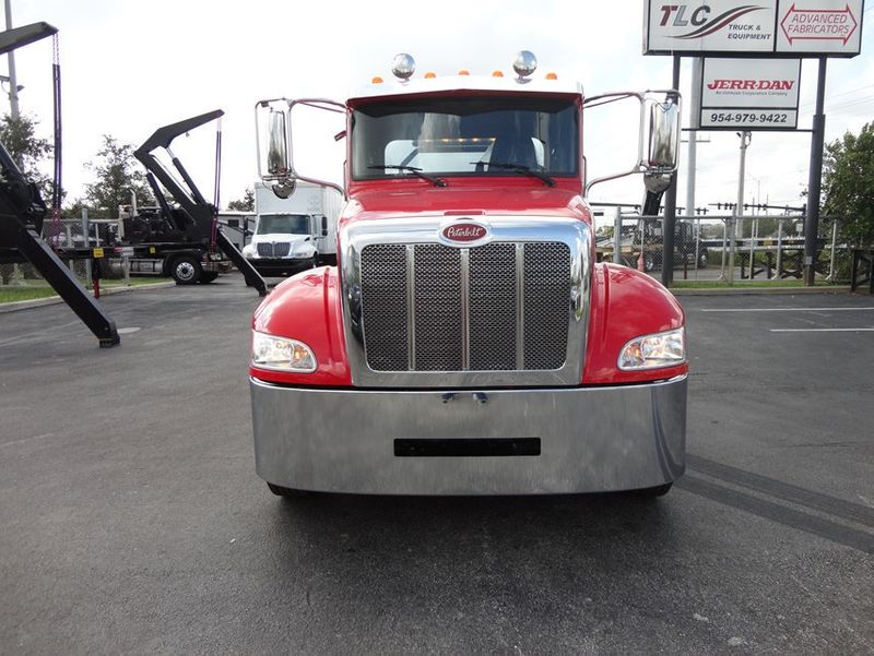 2018 Peterbilt 337 ..AIR BRAKE..AIR RIDE SUS..22SRR6T-W-LP (LCG) ROLLBACK - 16857884 - 2