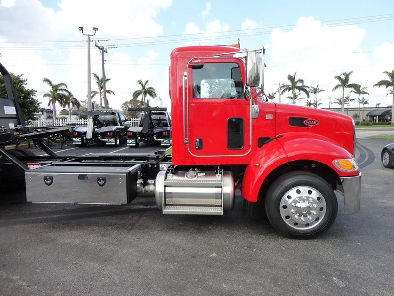 2018 Peterbilt 337 ..AIR BRAKE..AIR RIDE SUS..22SRR6T-W-LP (LCG) ROLLBACK - 16857884 - 4