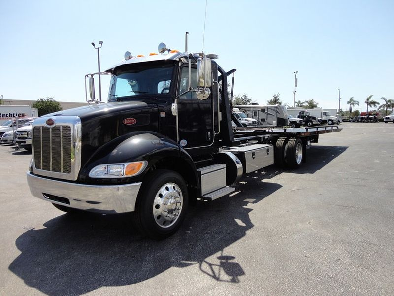 2018 Peterbilt 337 ..AIR BRAKE..AIR RIDE SUS..22SRR6T-W-LP (LCG) ROLLBACK - 16917813 - 1