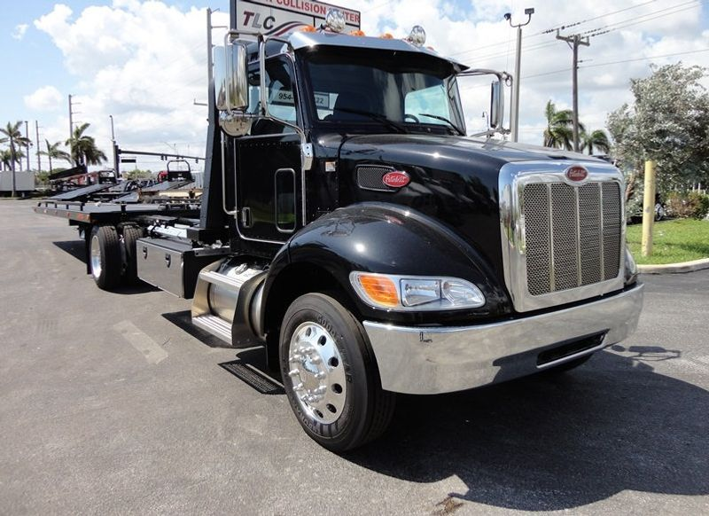 2018 Peterbilt 337 ..AIR BRAKE..AIR RIDE SUS..22SRR6T-W-LP (LCG) ROLLBACK - 16917813 - 3