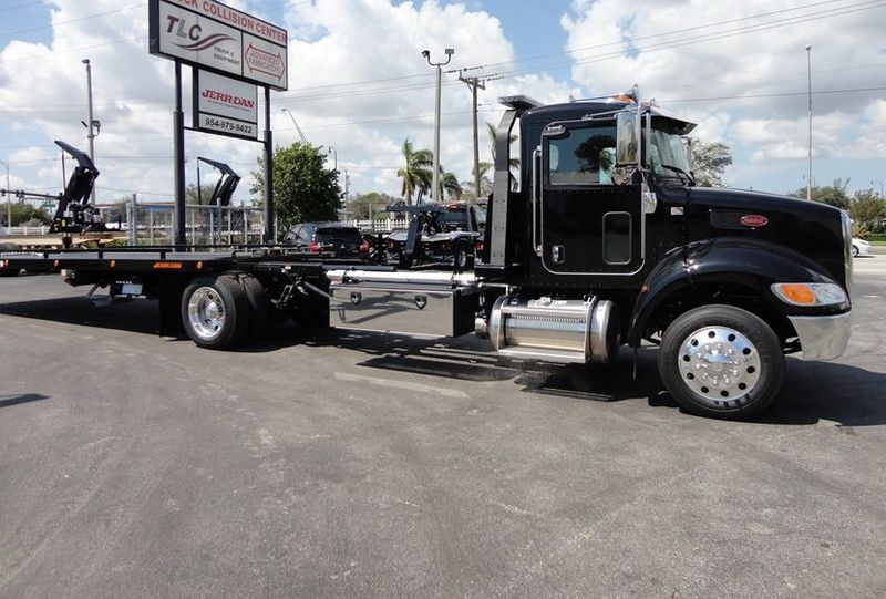2018 Peterbilt 337 ..AIR BRAKE..AIR RIDE SUS..22SRR6T-W-LP (LCG) ROLLBACK - 16917813 - 4