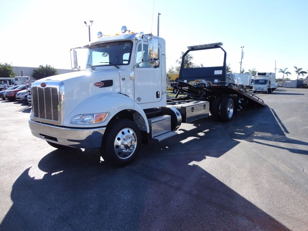 2018 Peterbilt 337 ..AIR BRAKE..AIR RIDE SUS..22SRR6T-W-LP (LCG) ROLLBACK - 16977459 - 0
