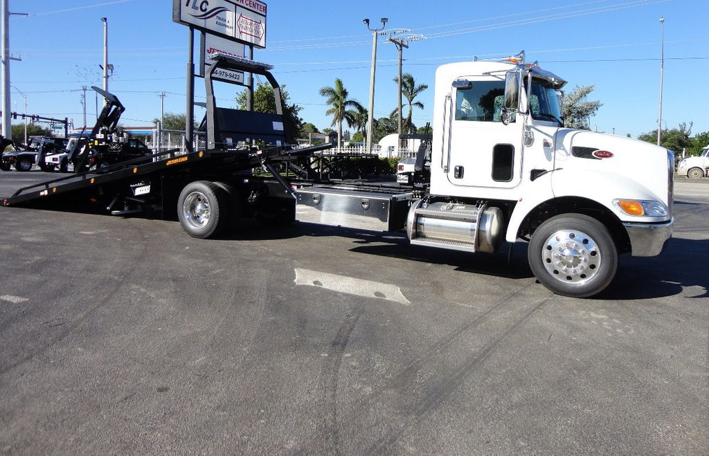 2018 Peterbilt 337 ..AIR BRAKE..AIR RIDE SUS..22SRR6T-W-LP (LCG) ROLLBACK - 16977459 - 10