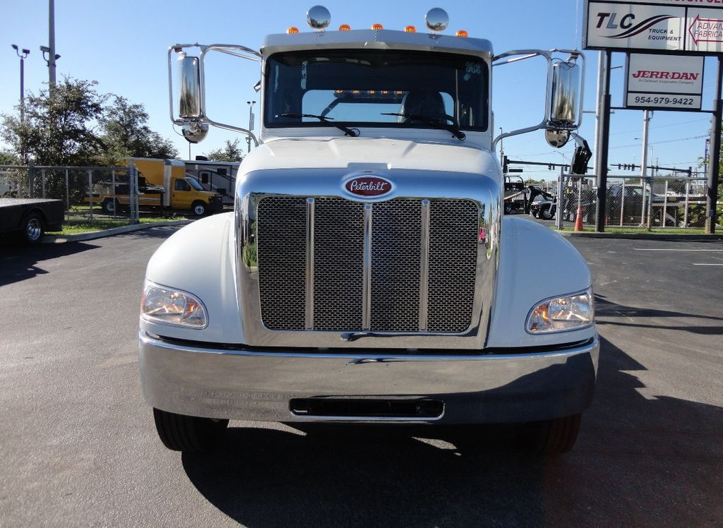 2018 Peterbilt 337 ..AIR BRAKE..AIR RIDE SUS..22SRR6T-W-LP (LCG) ROLLBACK - 16977459 - 12