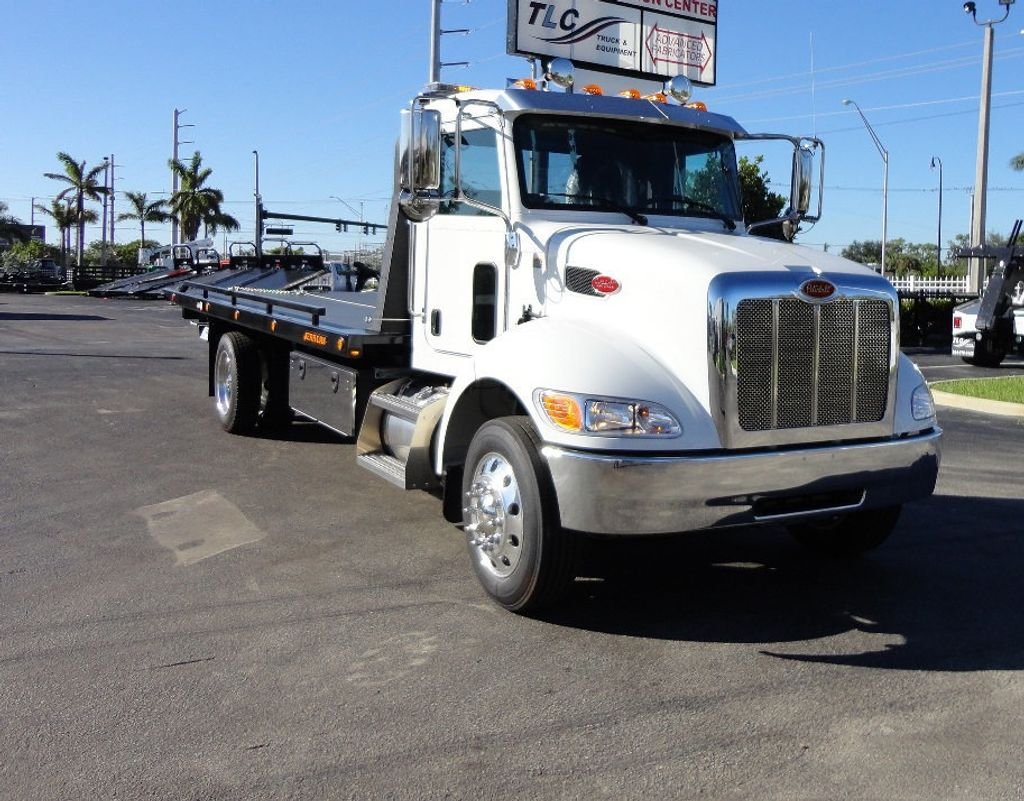 2018 Peterbilt 337 ..AIR BRAKE..AIR RIDE SUS..22SRR6T-W-LP (LCG) ROLLBACK - 16977459 - 33