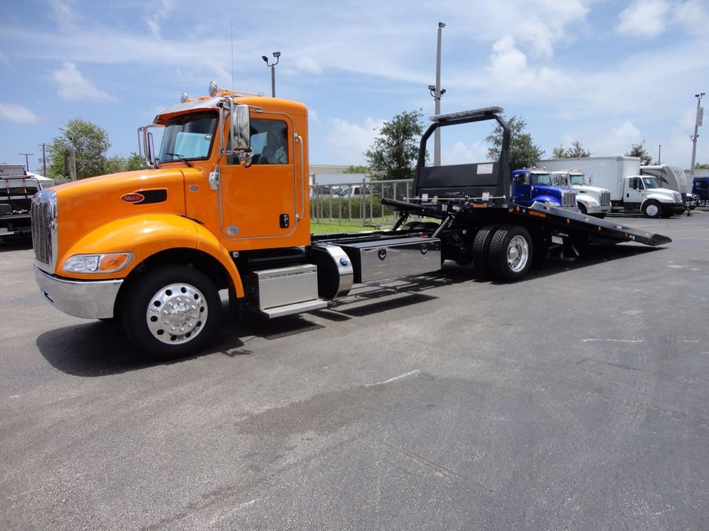 2018 Peterbilt 337 ..AIR BRAKE..AIR RIDE SUS.22SRRD6T-W-LP SHARK ROLLBACK - 16535382 - 2
