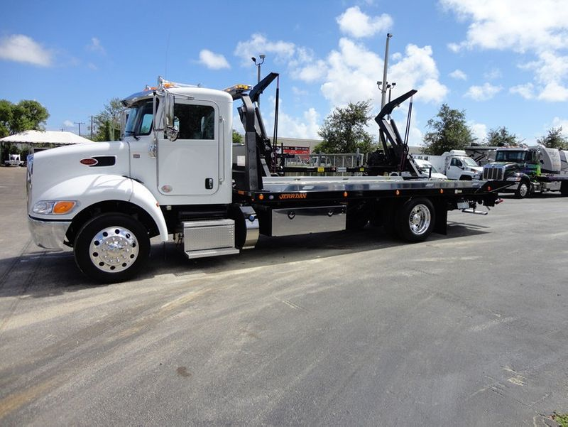 2018 Peterbilt 337 ..AIR BRAKE..AIR RIDE SUS.22SRRD6T-W-LP SHARK ROLLBACK - 16917072 - 0