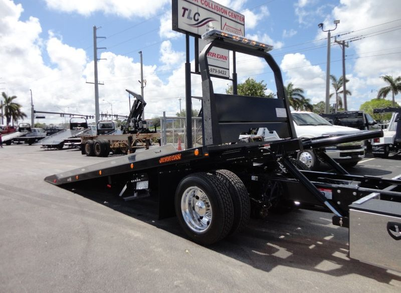 2018 Peterbilt 337 ..AIR BRAKE..AIR RIDE SUS.22SRRD6T-W-LP SHARK ROLLBACK - 16917072 - 11