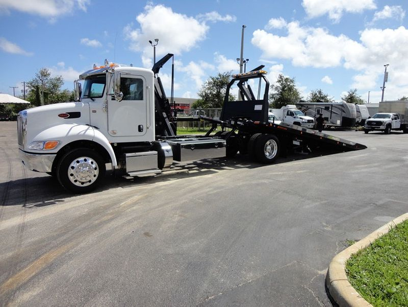 2018 Peterbilt 337 ..AIR BRAKE..AIR RIDE SUS.22SRRD6T-W-LP SHARK ROLLBACK - 16917072 - 2
