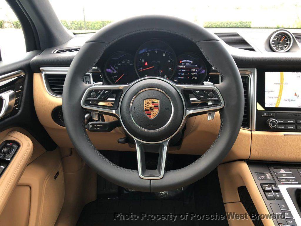 2018 Porsche Macan AWD - 18050101 - 15