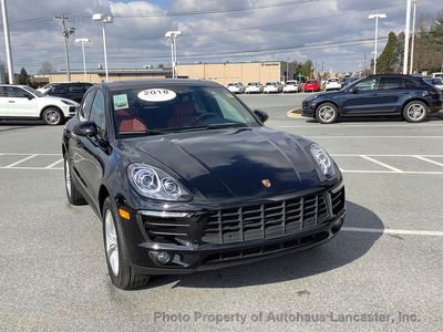 2018 Porsche Macan S AWD - Click to see full-size photo viewer