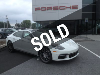 New 2018 Porsche Panamera 4 AWD Sedan