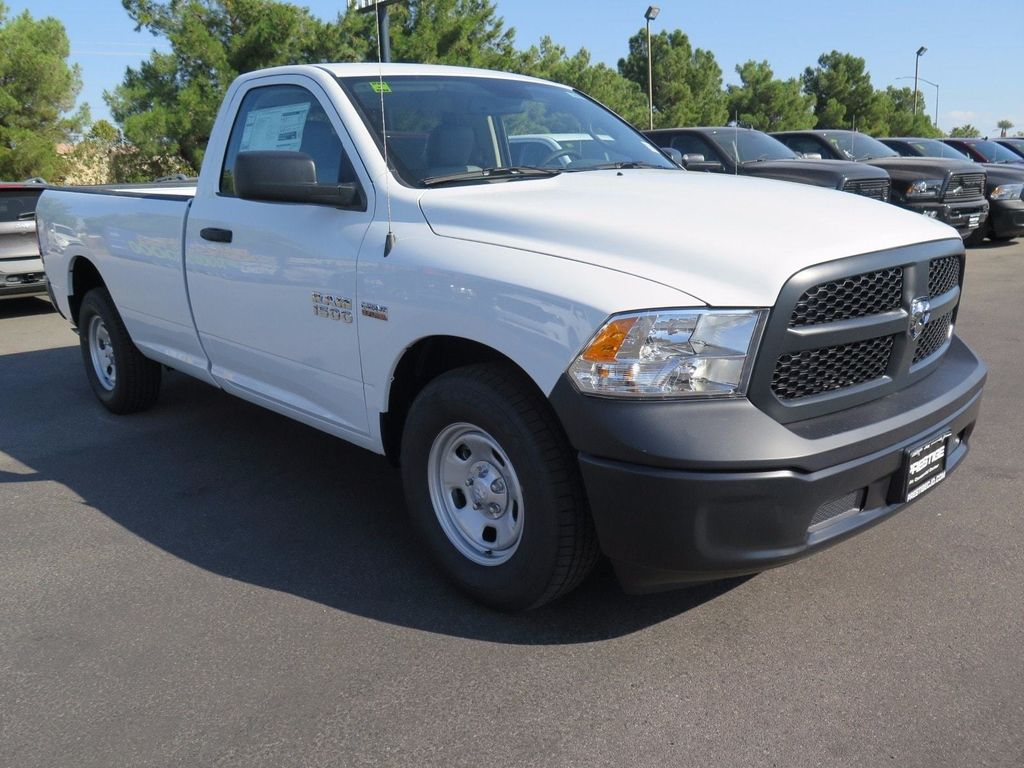 2018 Ram 1500 Tradesman 4x2 Regular Cab 8' Box - 16940459 - 2