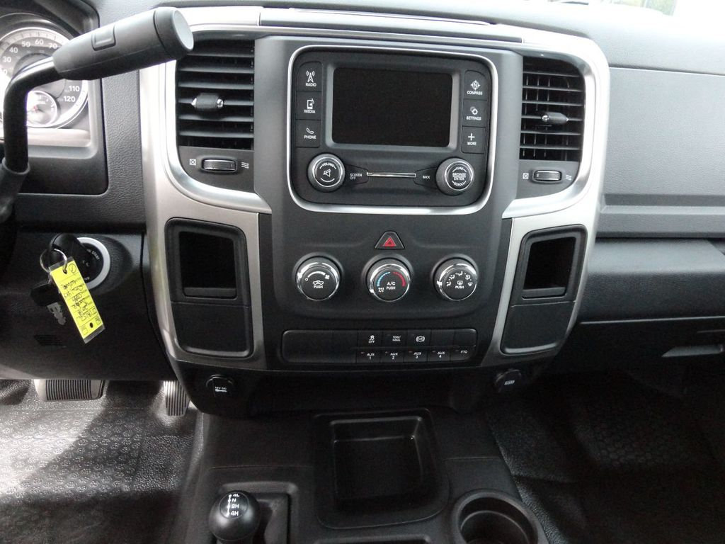 2018 Ram 5500 SLT 4x4 CREW CAB..JERRDAN MPL-40 TWIN LINE WRECKER TOW - 17260981 - 35