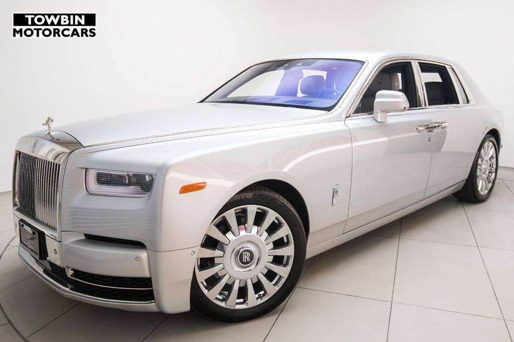 2018 Rolls-Royce Phantom Sedan - 18070086 - 0