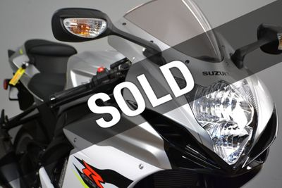 New 2018 Suzuki GSX-R600 Gray in stock!