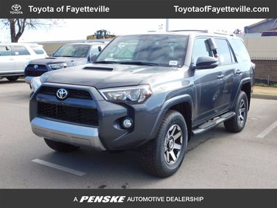 New 2018 Toyota 4Runner 4DR T OFF RD PRM 4WD SUV