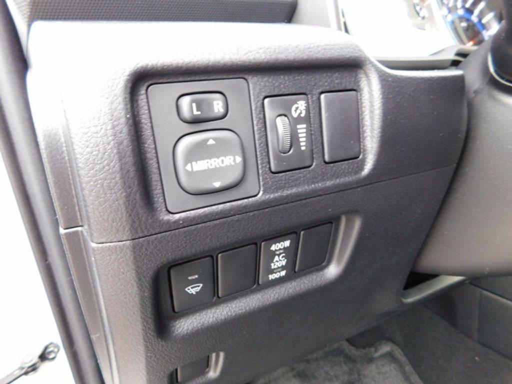 2018 Toyota 4Runner SR5 4WD - 17109482 - 14