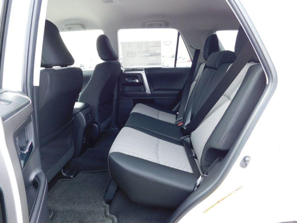 2018 Toyota 4Runner SR5 4WD - 17171651 - 10