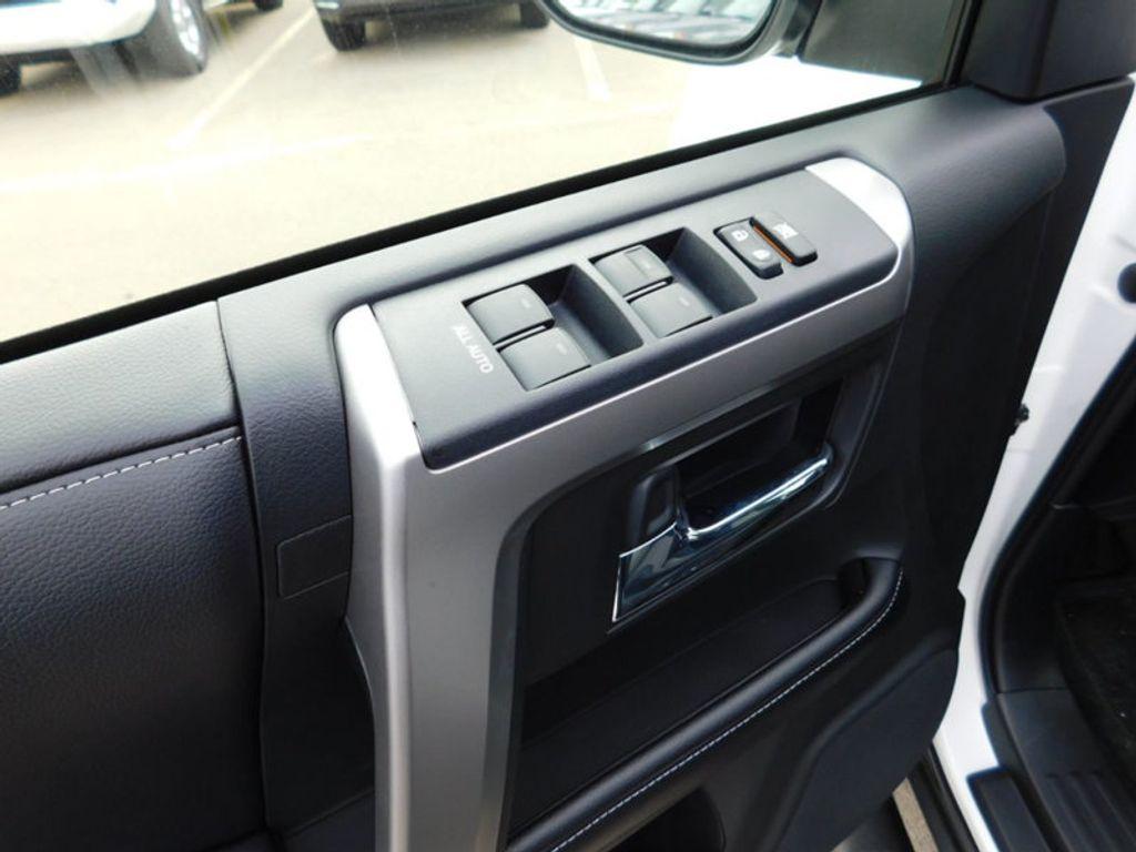 2018 Toyota 4Runner SR5 4WD - 17171651 - 13