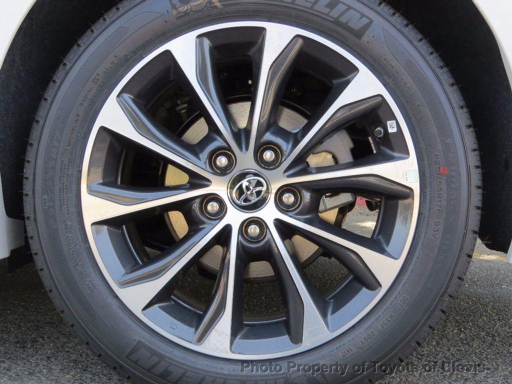 2018 Toyota Avalon Hybrid XLE Premium - 16633166 - 23