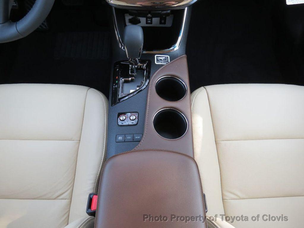 2018 Toyota Avalon Hybrid XLE Premium - 17155385 - 16