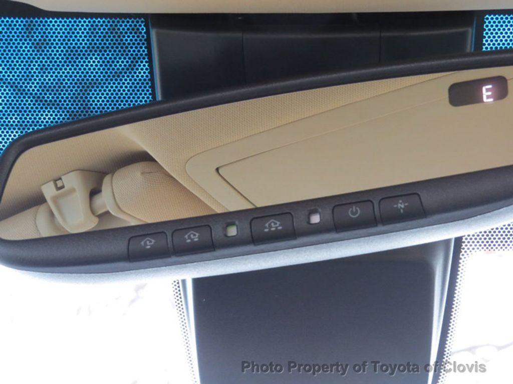 2018 Toyota Avalon Hybrid XLE Premium - 17155385 - 22