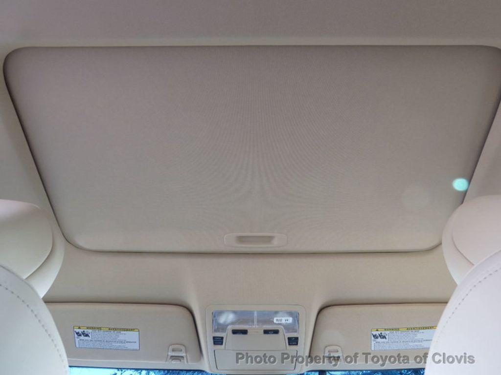 2018 Toyota Avalon Hybrid XLE Premium - 17155385 - 23